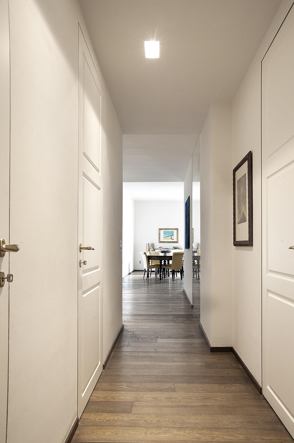 Appartamento a firenze porte scorrevoli e battenti per for Master arredamento interni